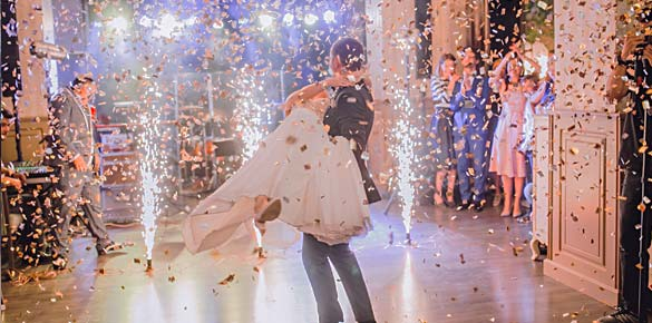 rhodes-weddings-comfeti-gun