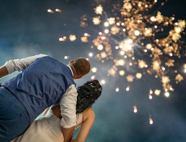 rhodes-weddings-fireworks-and-special-effects