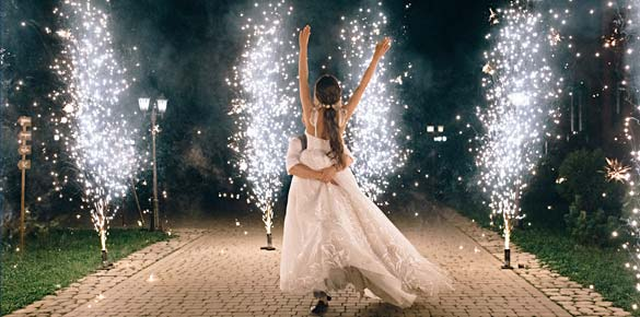 rhodes-weddings-fountain-fireworks